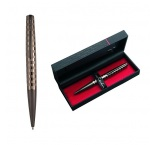 MONTMARTRE - PIERRE CARDIN   Kovové guľôčkové pero s modrou náplňou