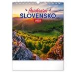 PGN-28973-SK-L - Nástenný kalendár Čarokrásne Slovensko 2022, 30 × 34 cm